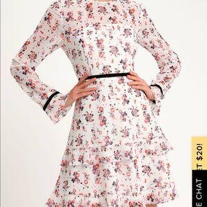 Lulus white floral dress - Size L